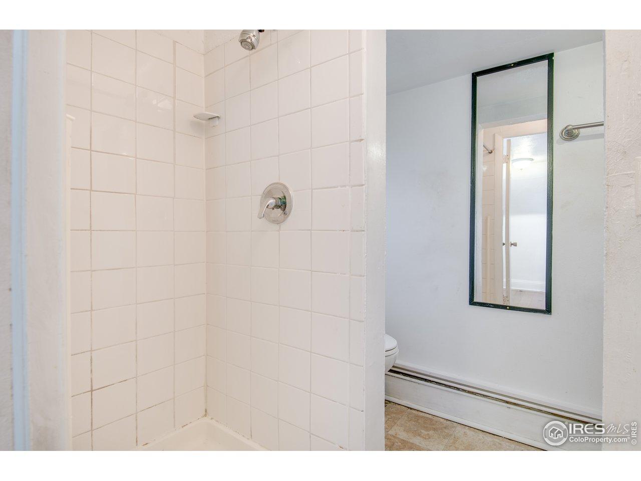 Unit 1 3/4 Bath