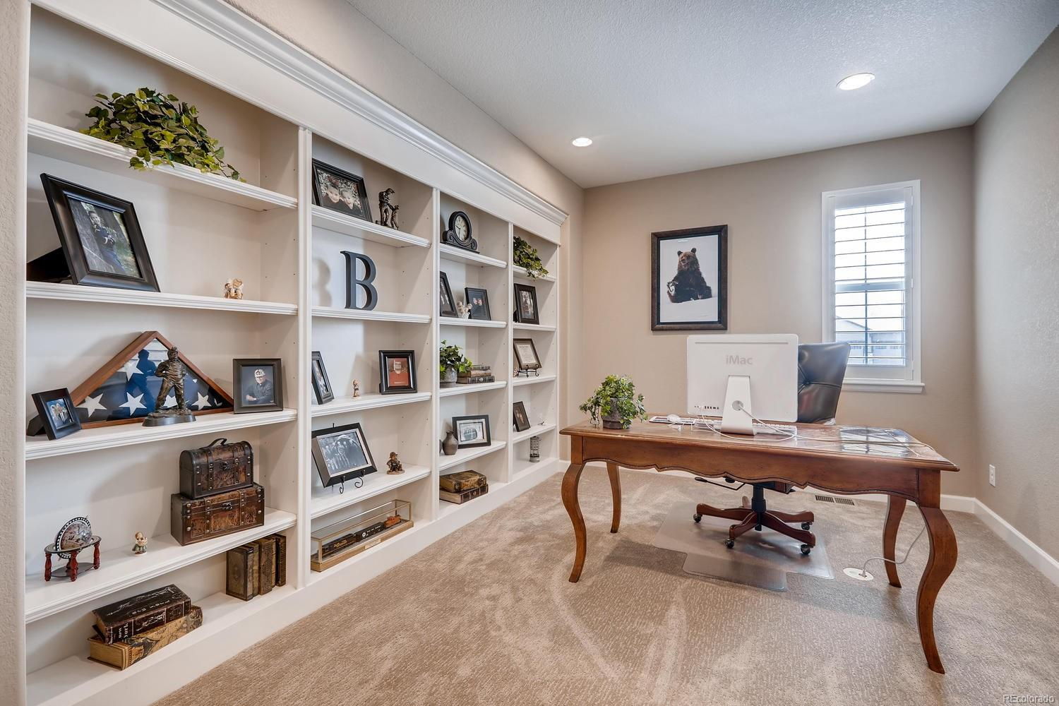 Fantastic master Study with built in shelving