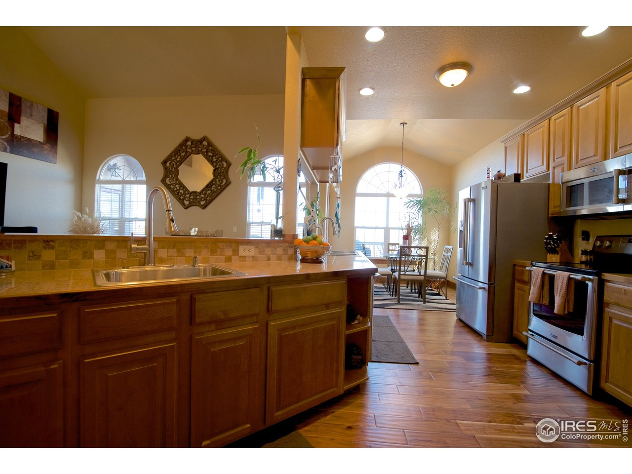 Large kitchen and Nook