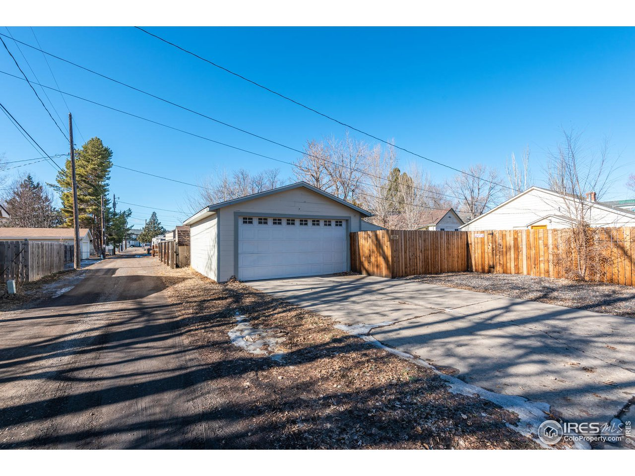 Detached Garage- Newer Cedar Fence