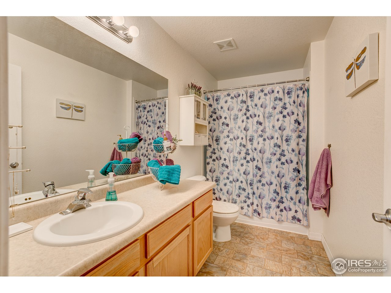 Full Bath Attached to 2nd Bedroom