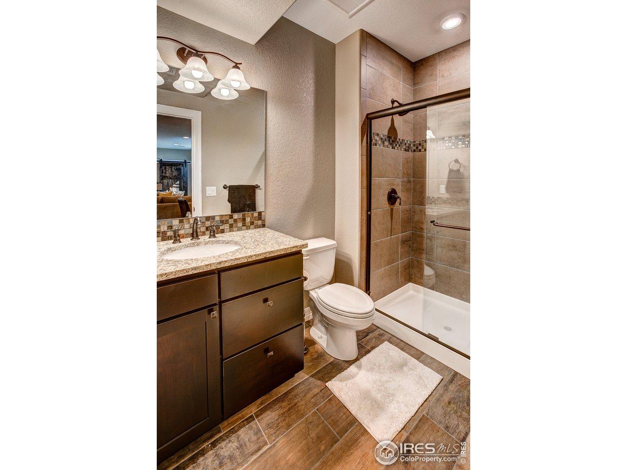 Lower Level 3/4 Bath