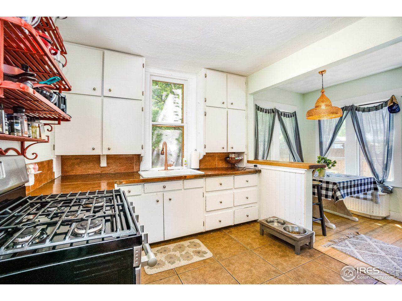 Farmhouse Style Kitchen with a ton of charm
