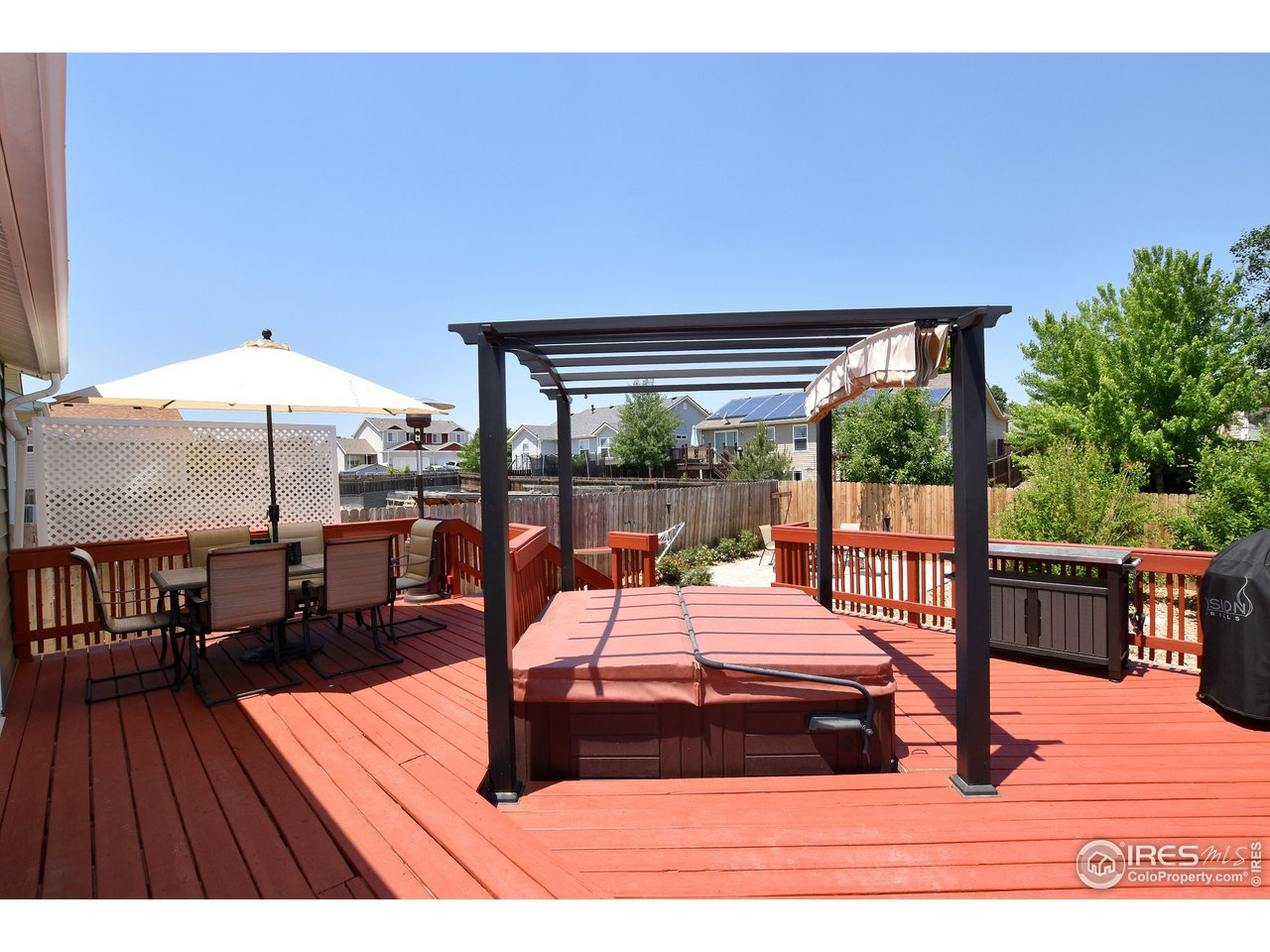 Expansive Deck, great for entertaining or a quiet evening in your hot tub under the stars