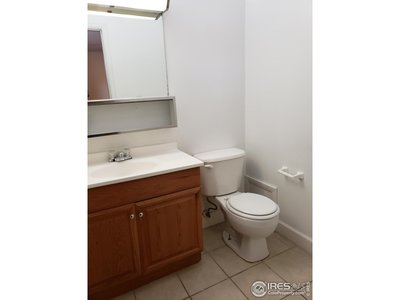 Master 1/2 bath, connected to Tub/Shower