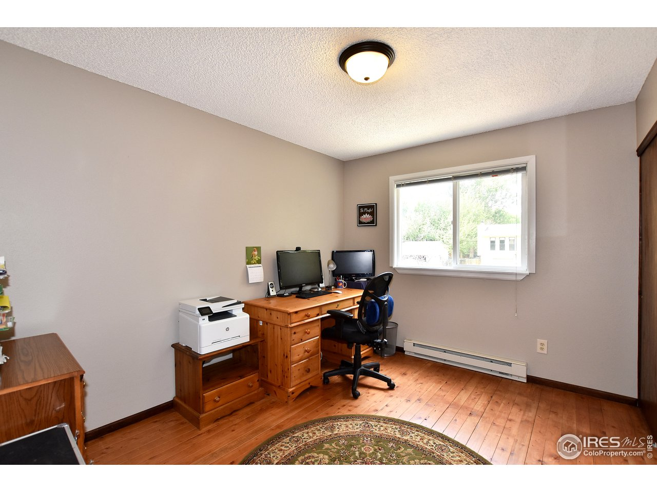 3rd bedroom used as an office