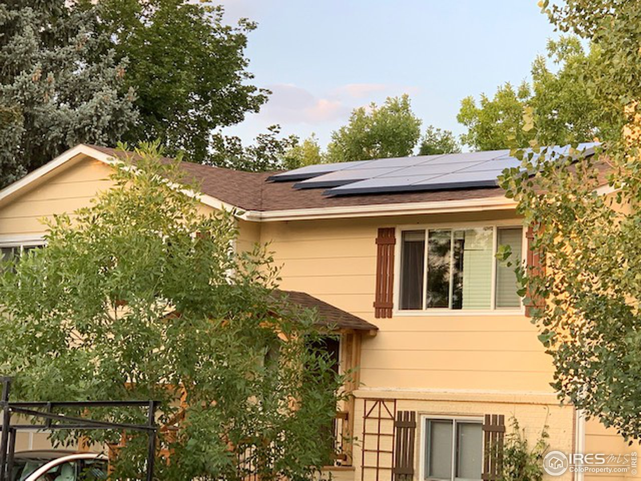 Owned Tesla Solar Panels included