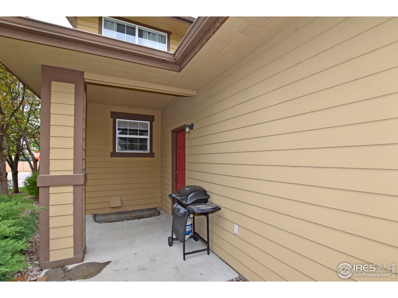 Small patio off of garage
