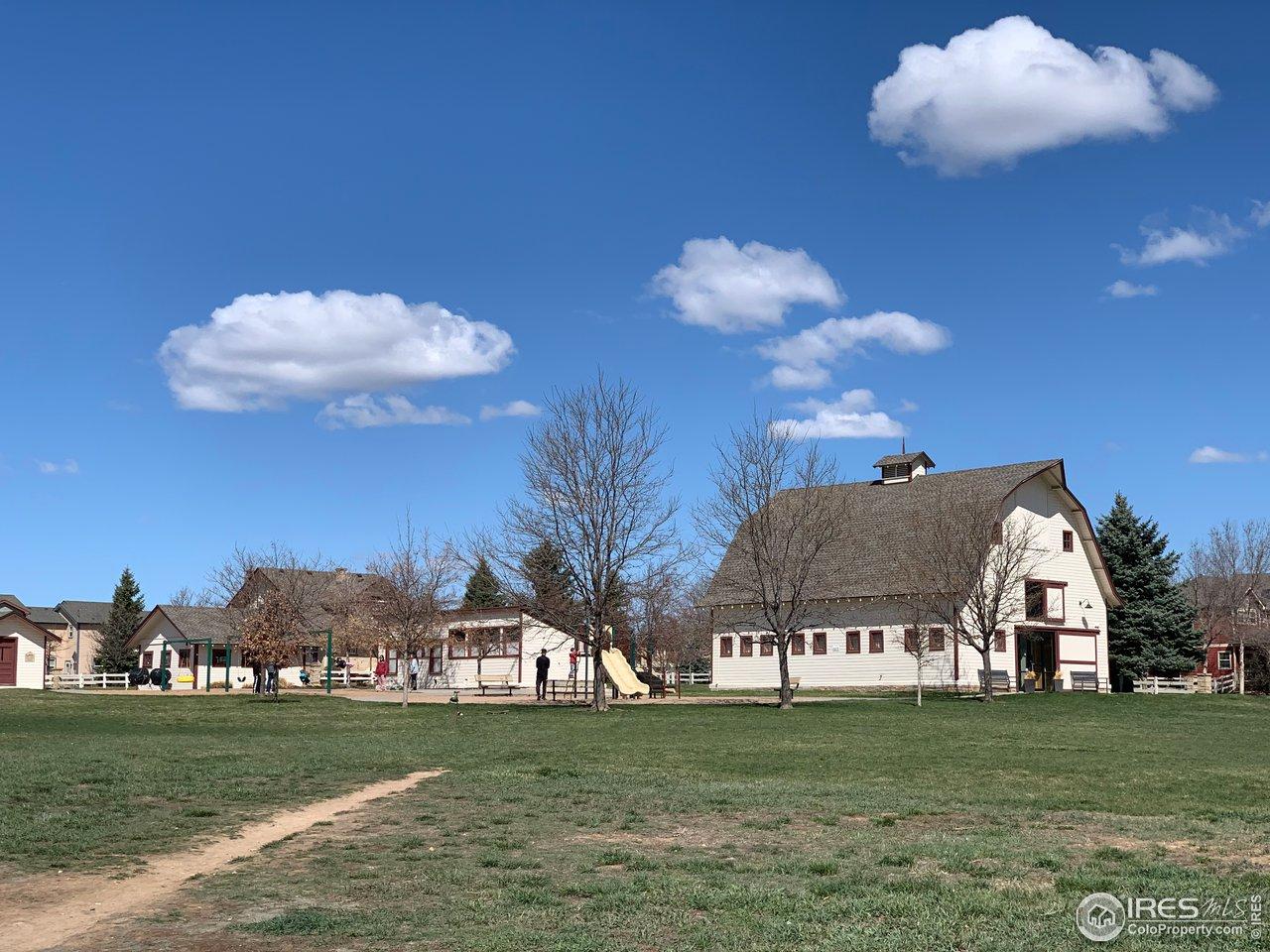 Large community park in heart of Rigden Farm