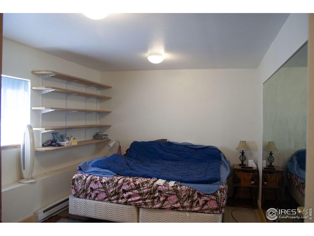 Office/shop/Bonus area off garage