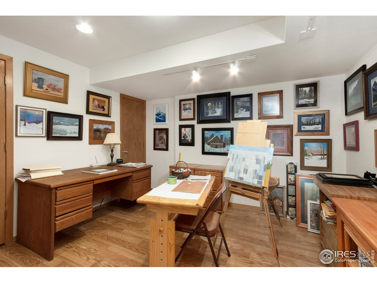 Basement flex space--could be part of bedroom suite or office space!