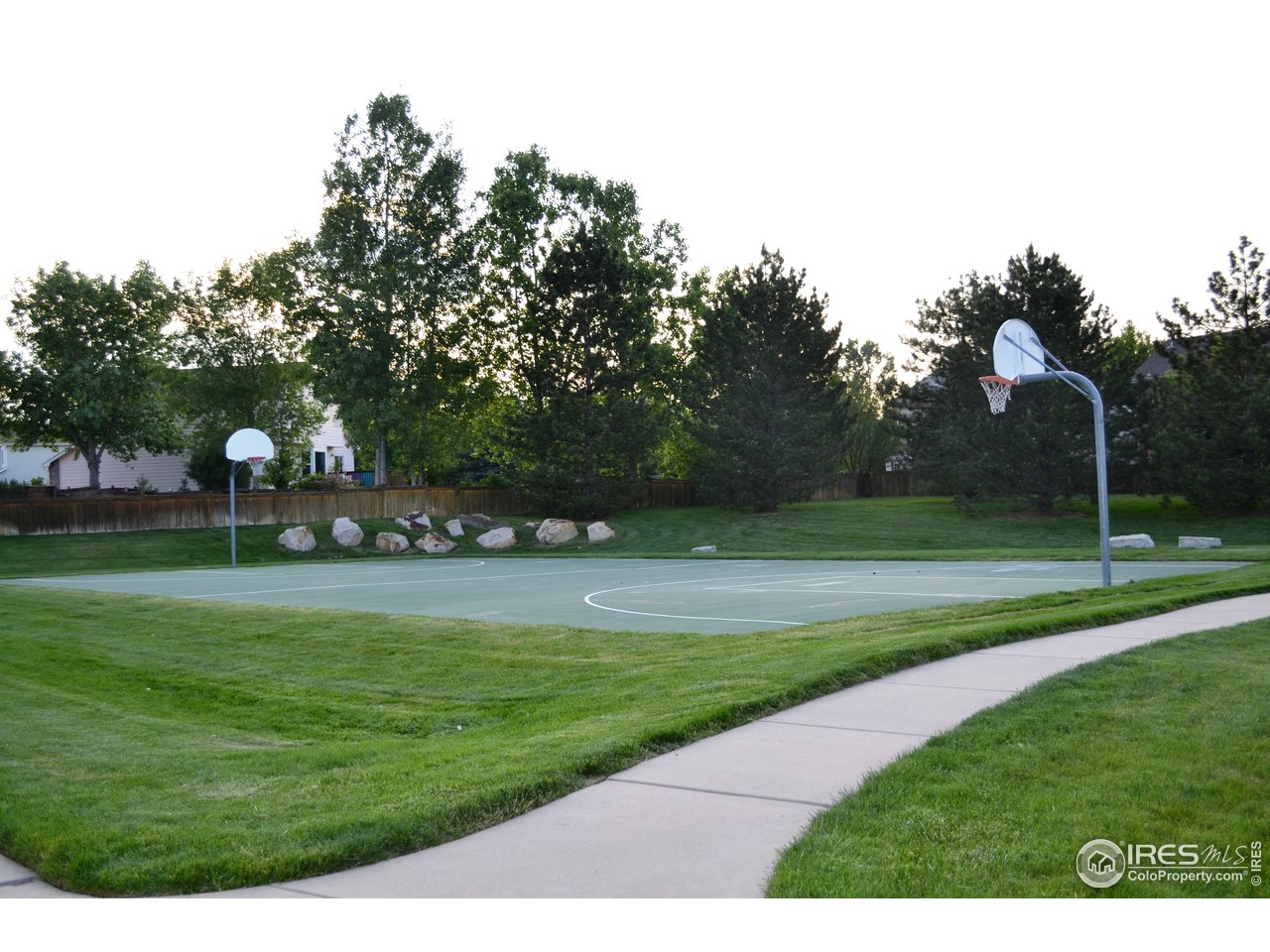 Fossil Creek Park basketball courts