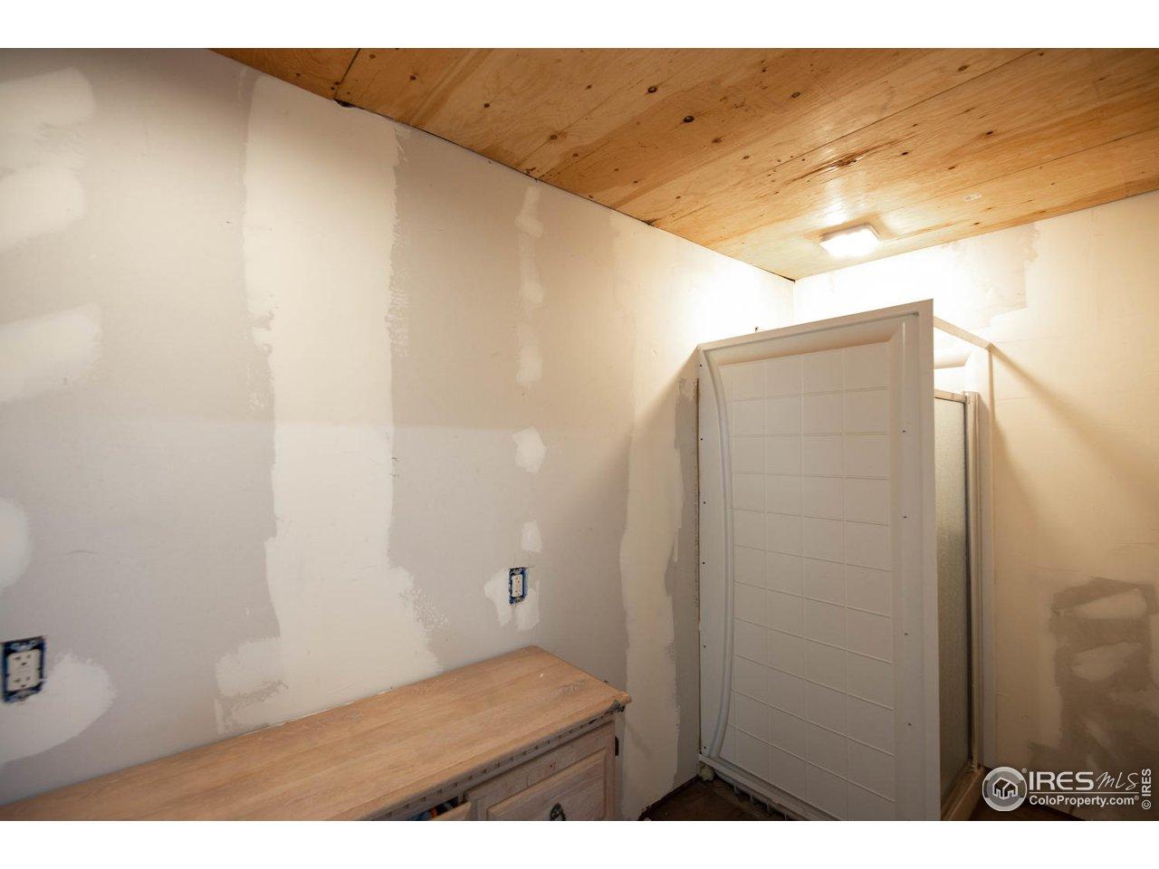 Shop Bath Area w/shower