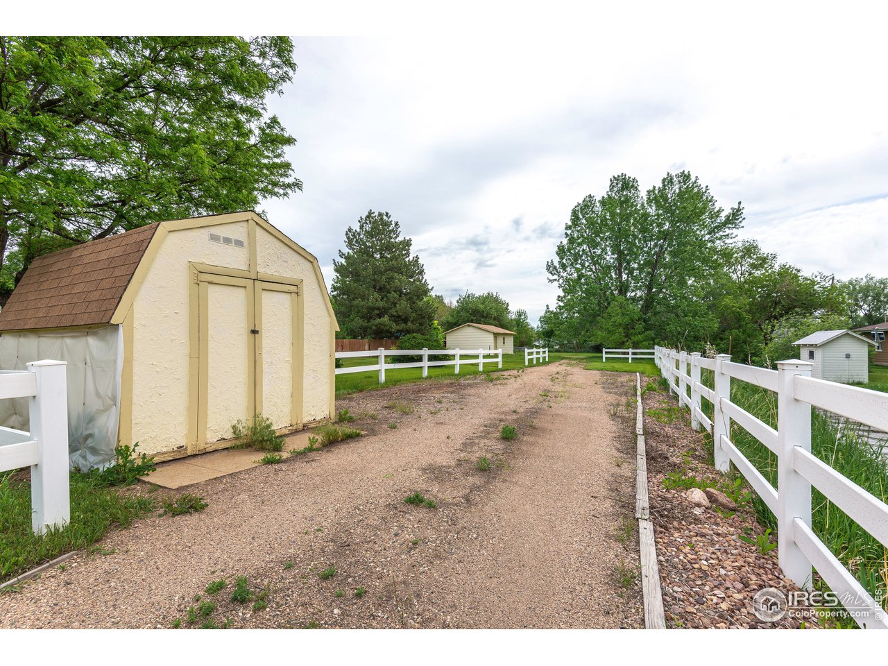 Storage shed included