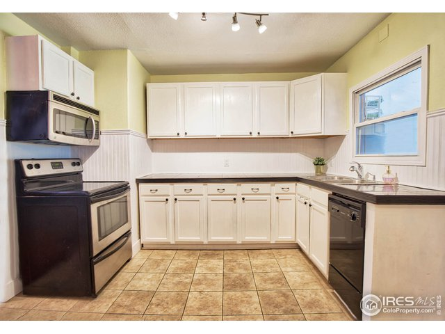 Kitchen with Included Appliances
