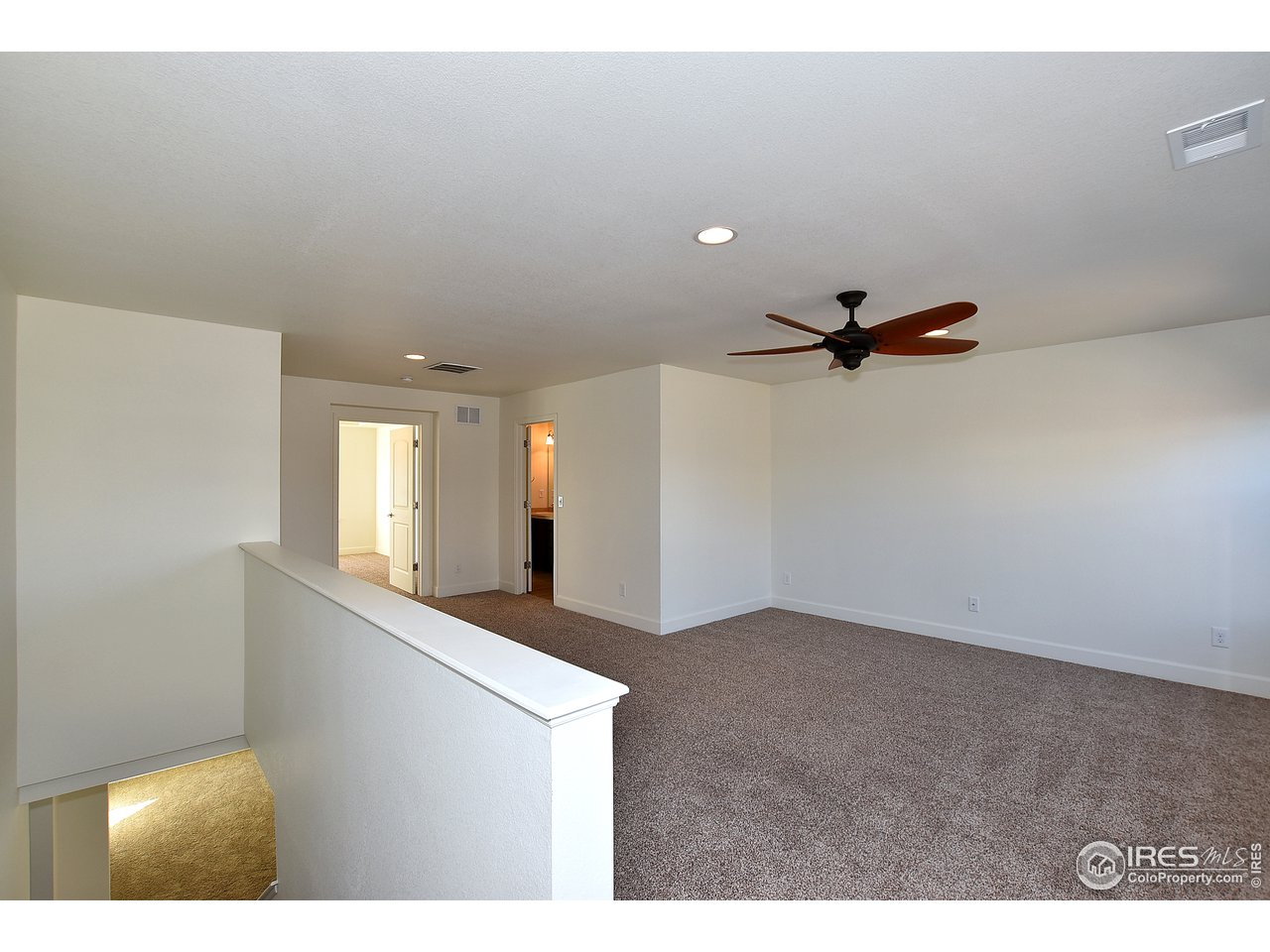 Generous upper loft area with mountain views!