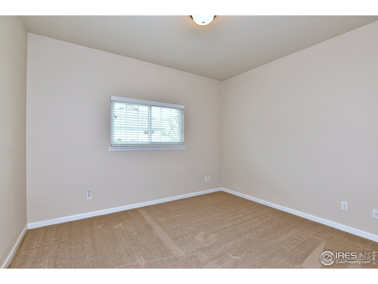 Spacious Master suite on main level