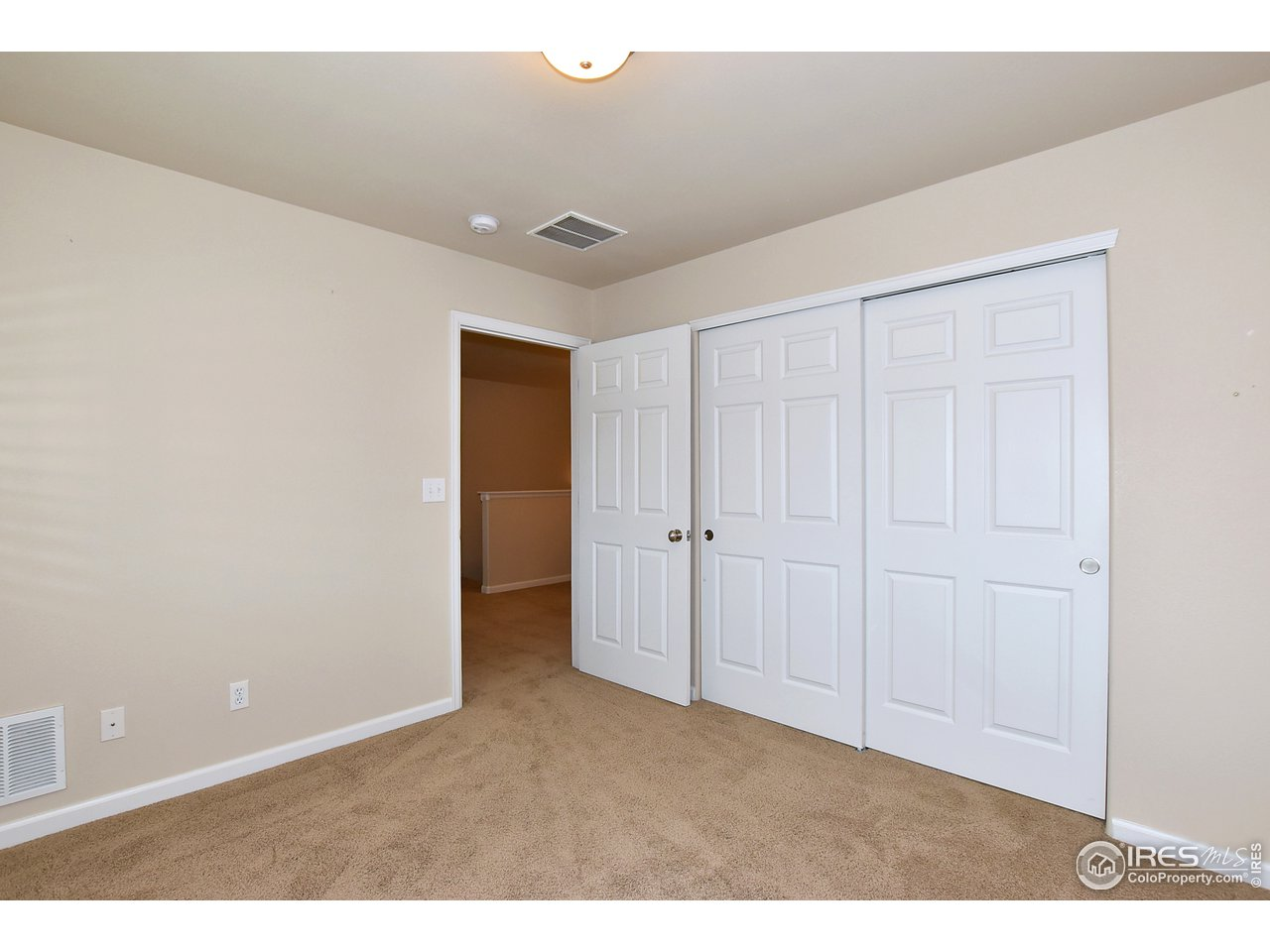 Large closet in 2nd bedroom