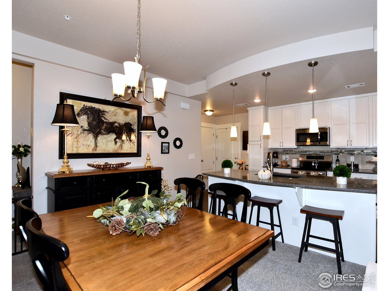 Designated dining space off kitchen