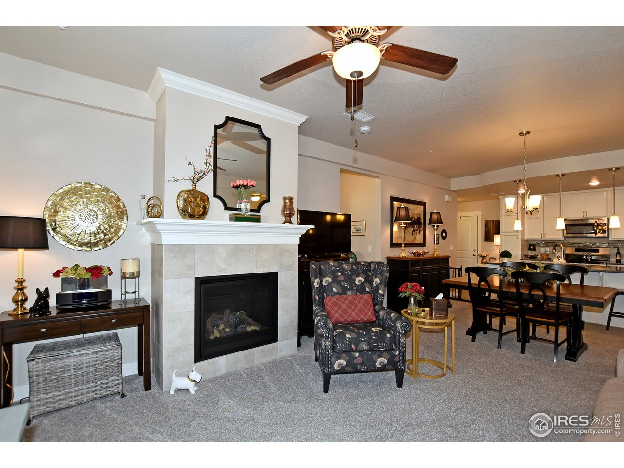 Enjoy cozy nights by the gas fireplace!