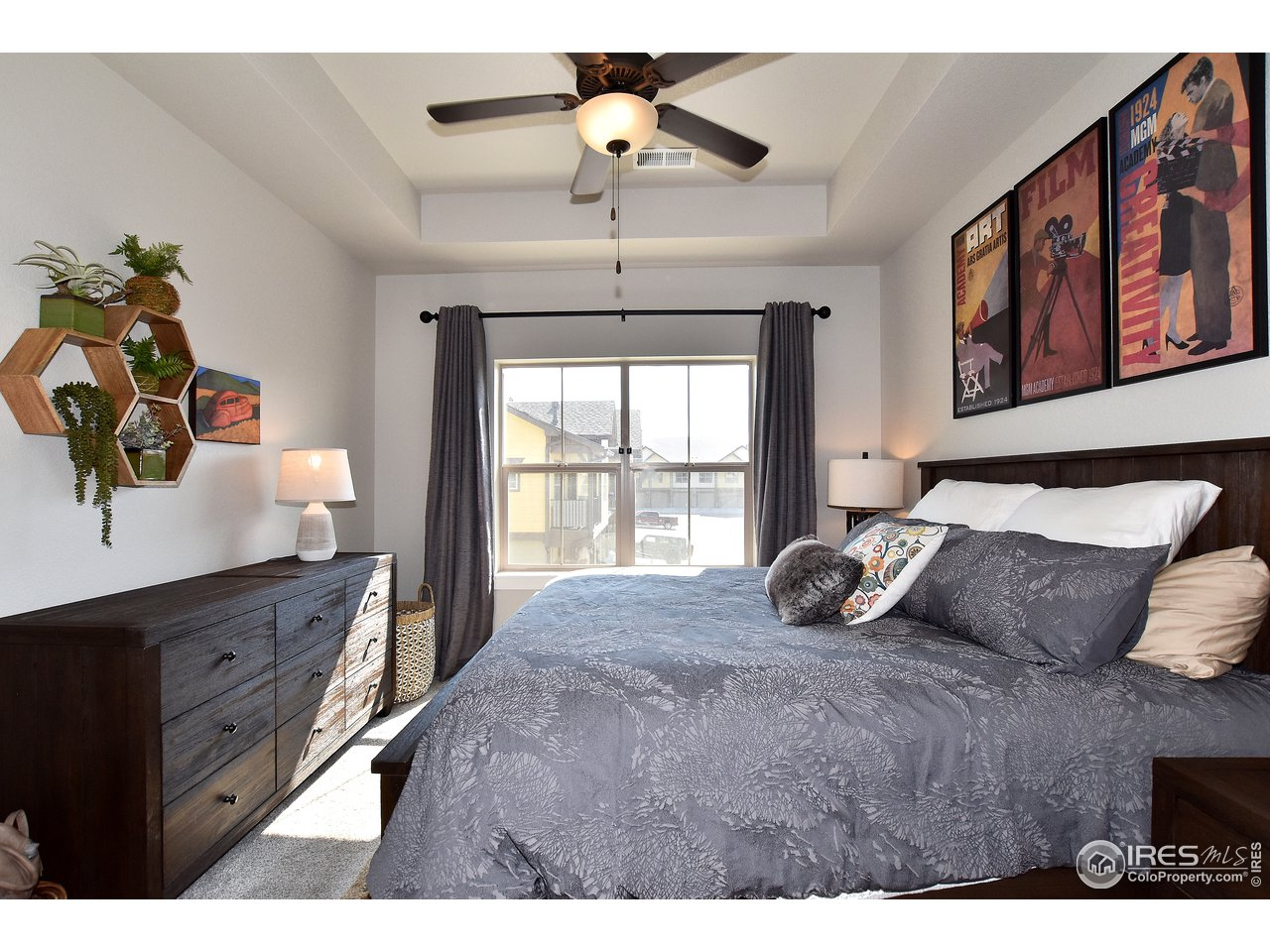 Easily accommodates a king size bed and dressers!
