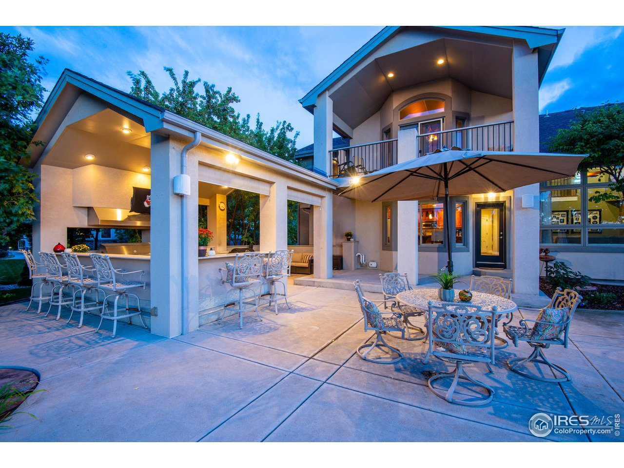 Expansive patio with exterior kitchen