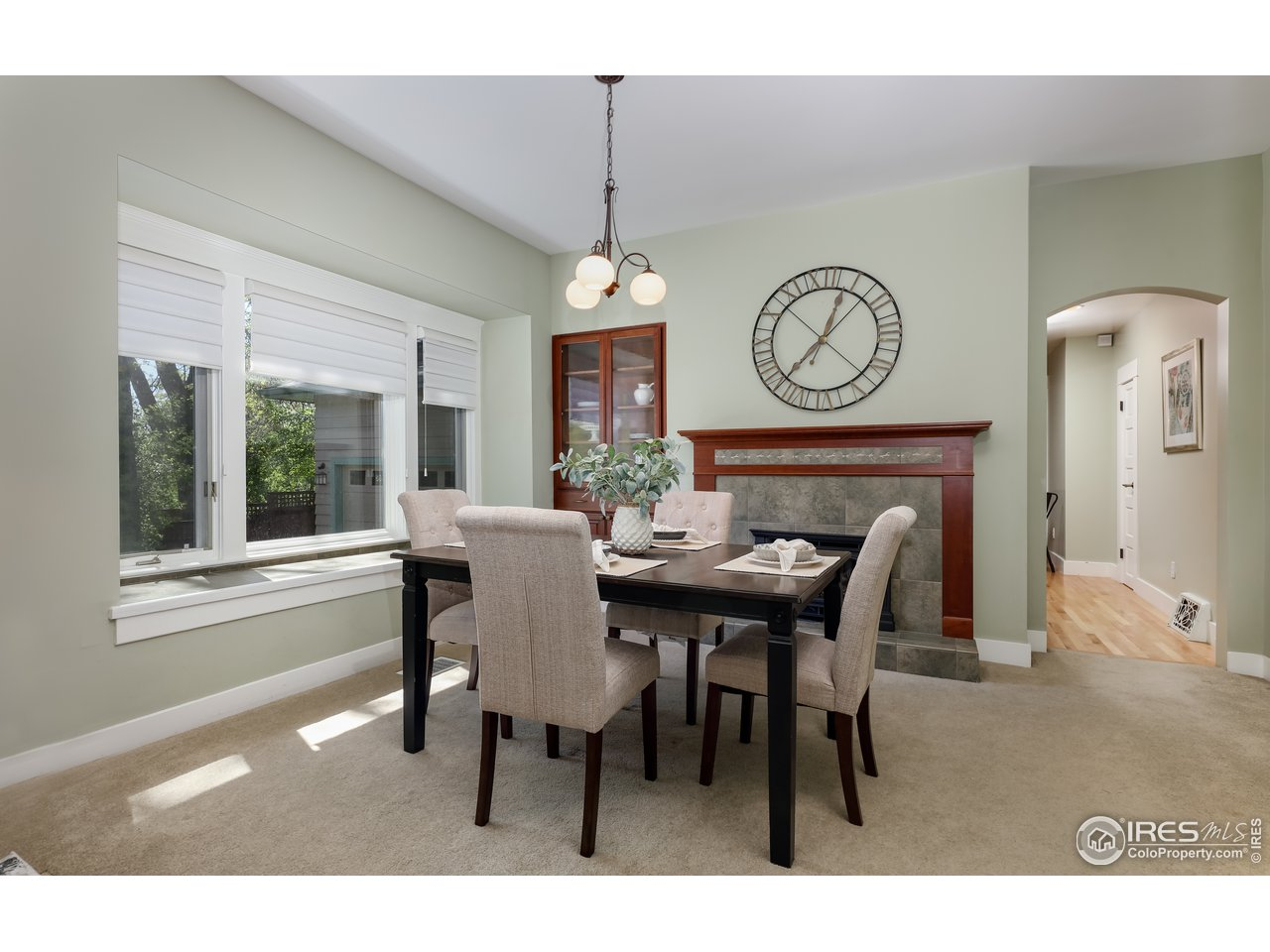 dining area and built ins