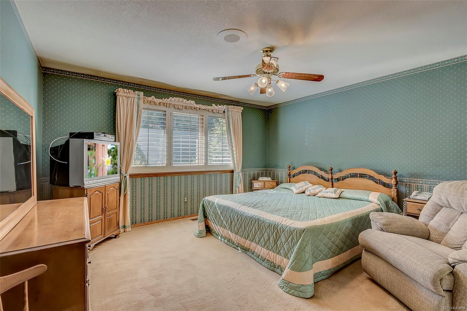 Spacious 2nd main floor bedroom