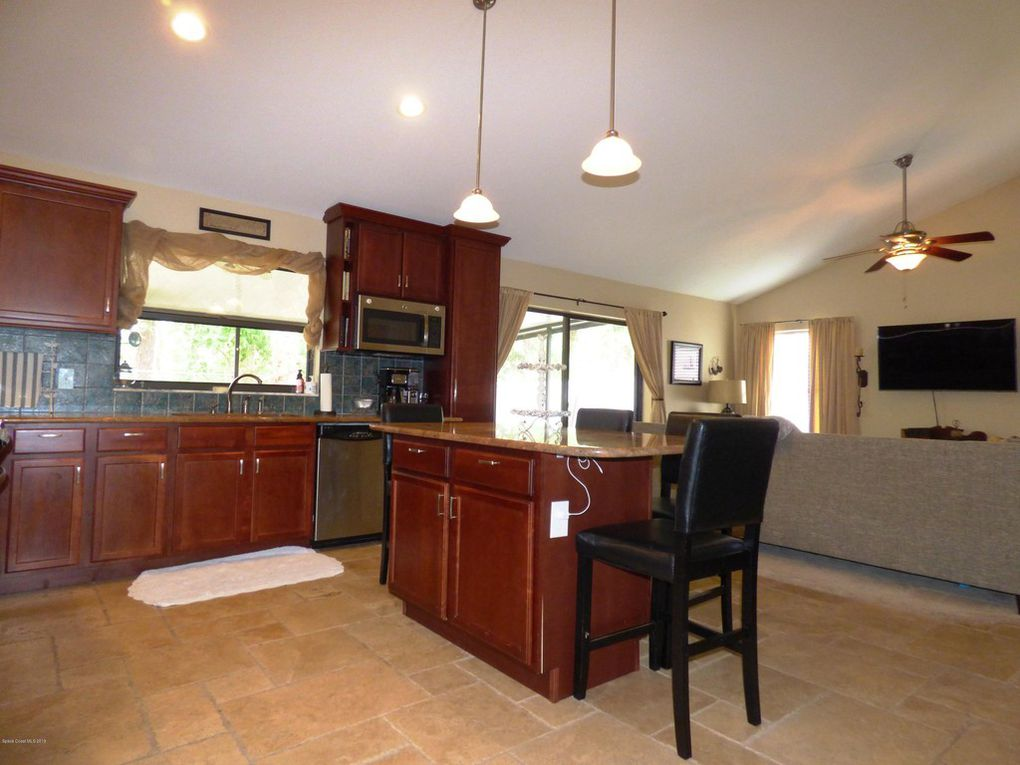Kitchen - Window Overlooks Back Yard