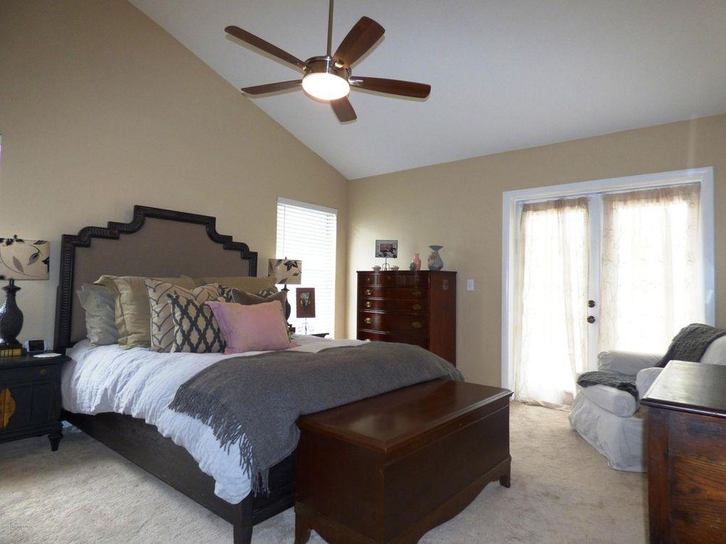 Master Bedroom - Doors to Patio
