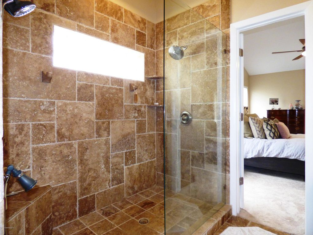Master Bath - Walk-in Shower