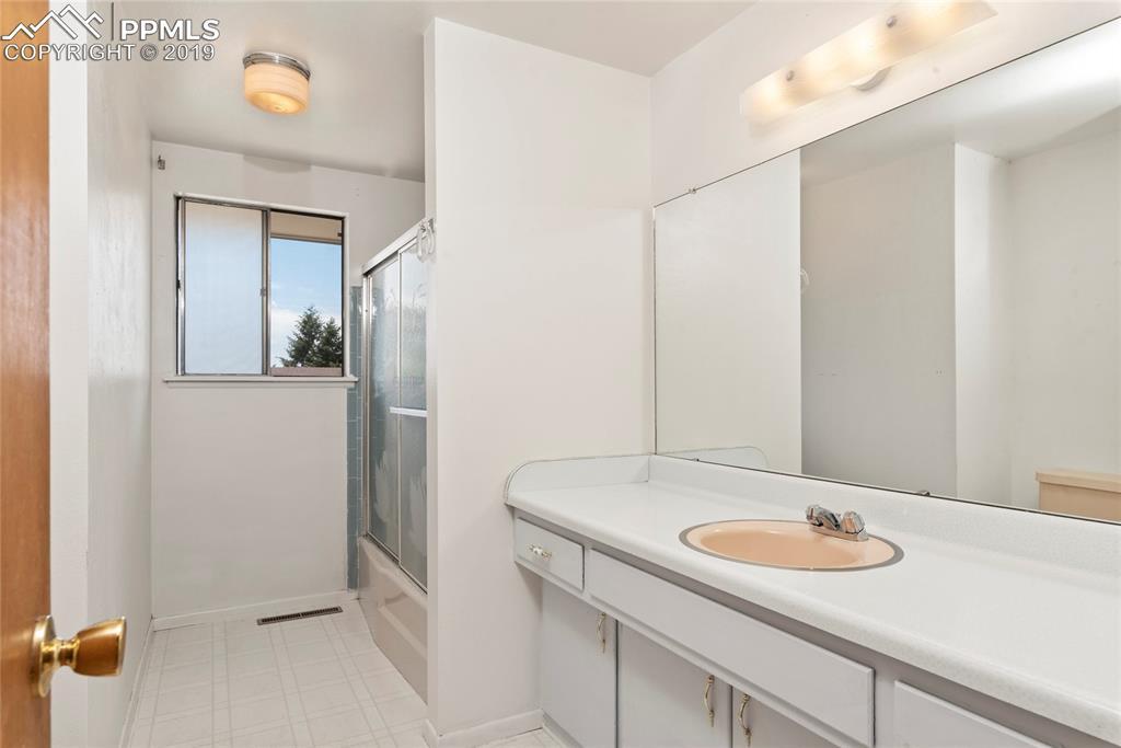 Large full bathroom upstairs!