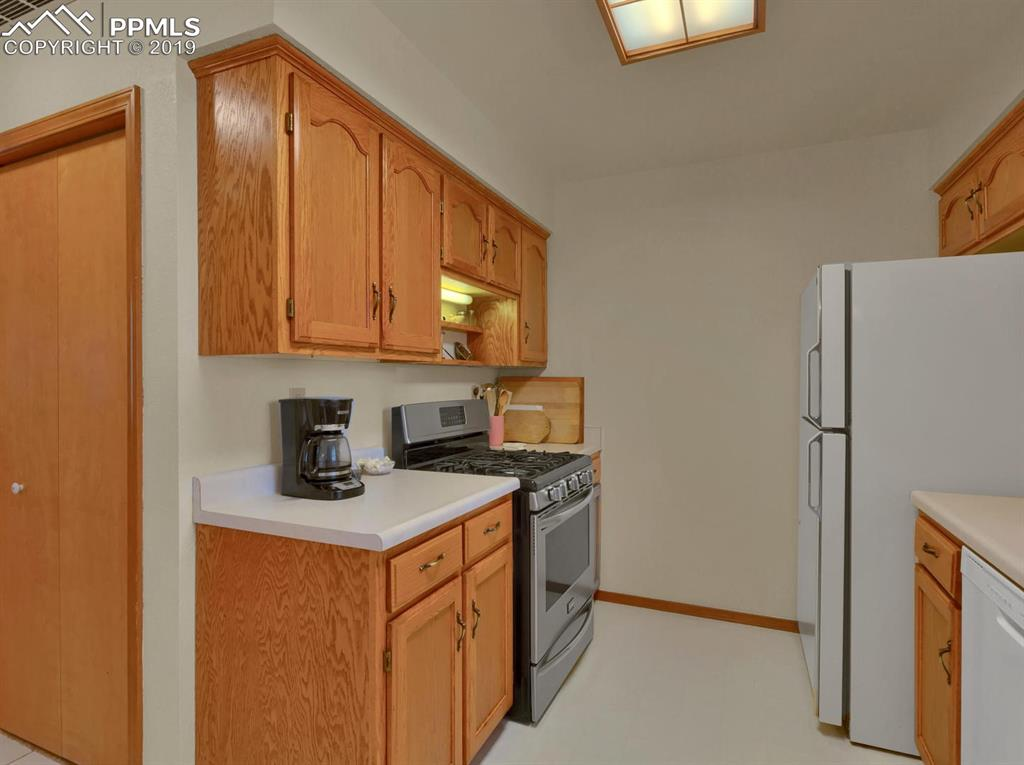 Kitchen with natural gas **