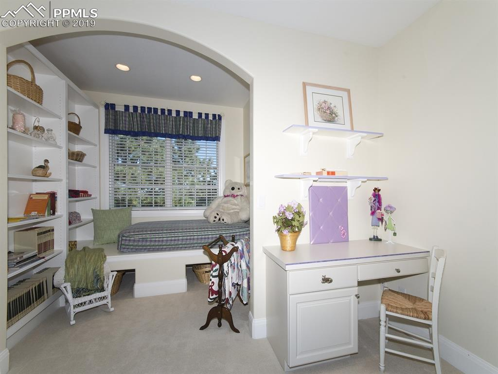 Bedroom 2 Built-ins and Guest Nook