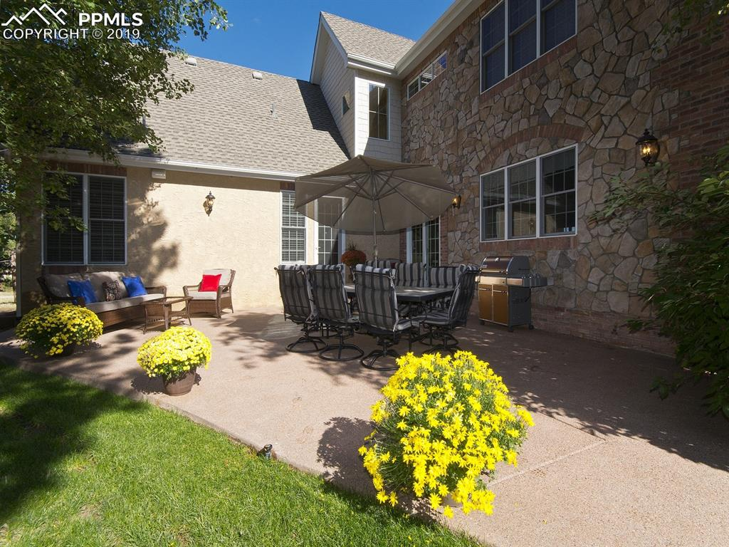 Kitchen Patio - convenient for barbequing and casual dining