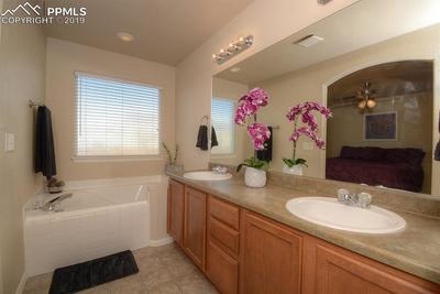 5 piece bath with soaker tub!