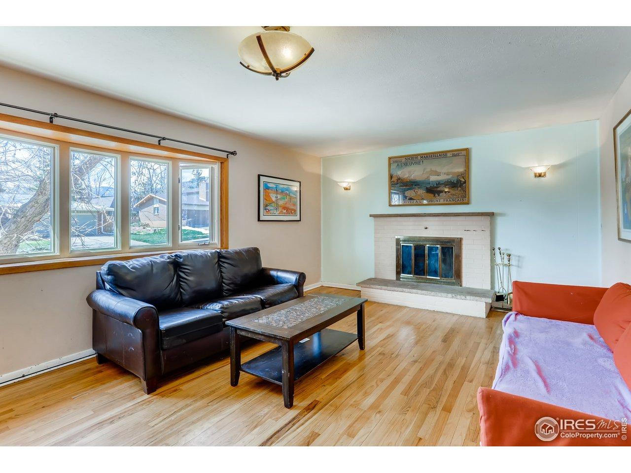 Double pane windows & hardwood floors.