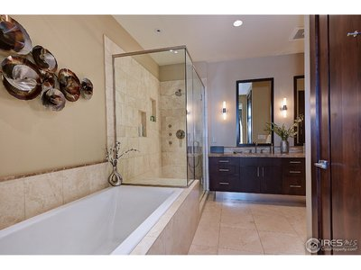 Master Bath/5 piece