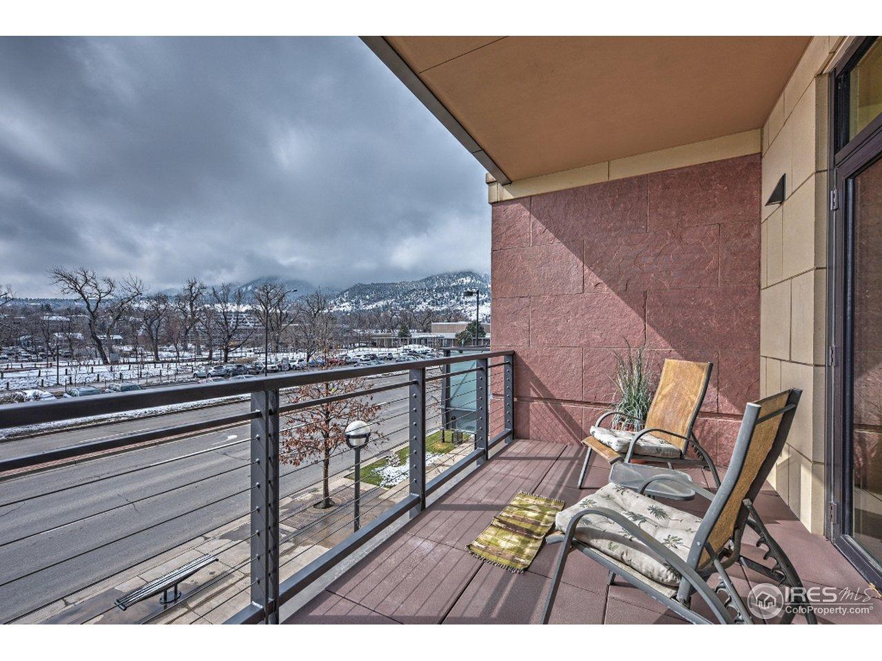 Balcony/deck