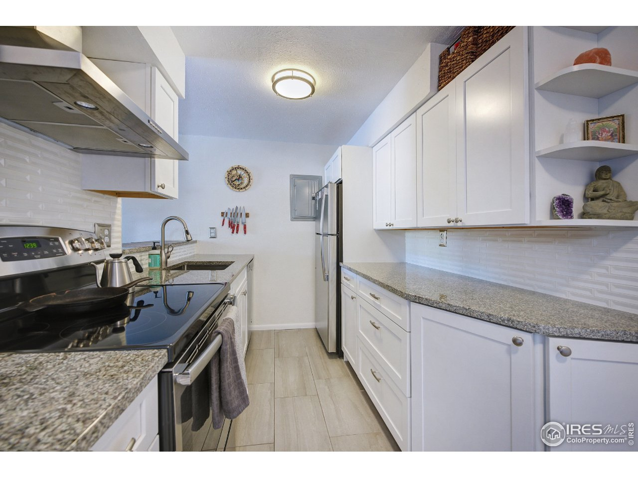 Complete remodeled kitchen with custom cabinets