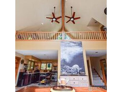 Vaulted ceilings to loft