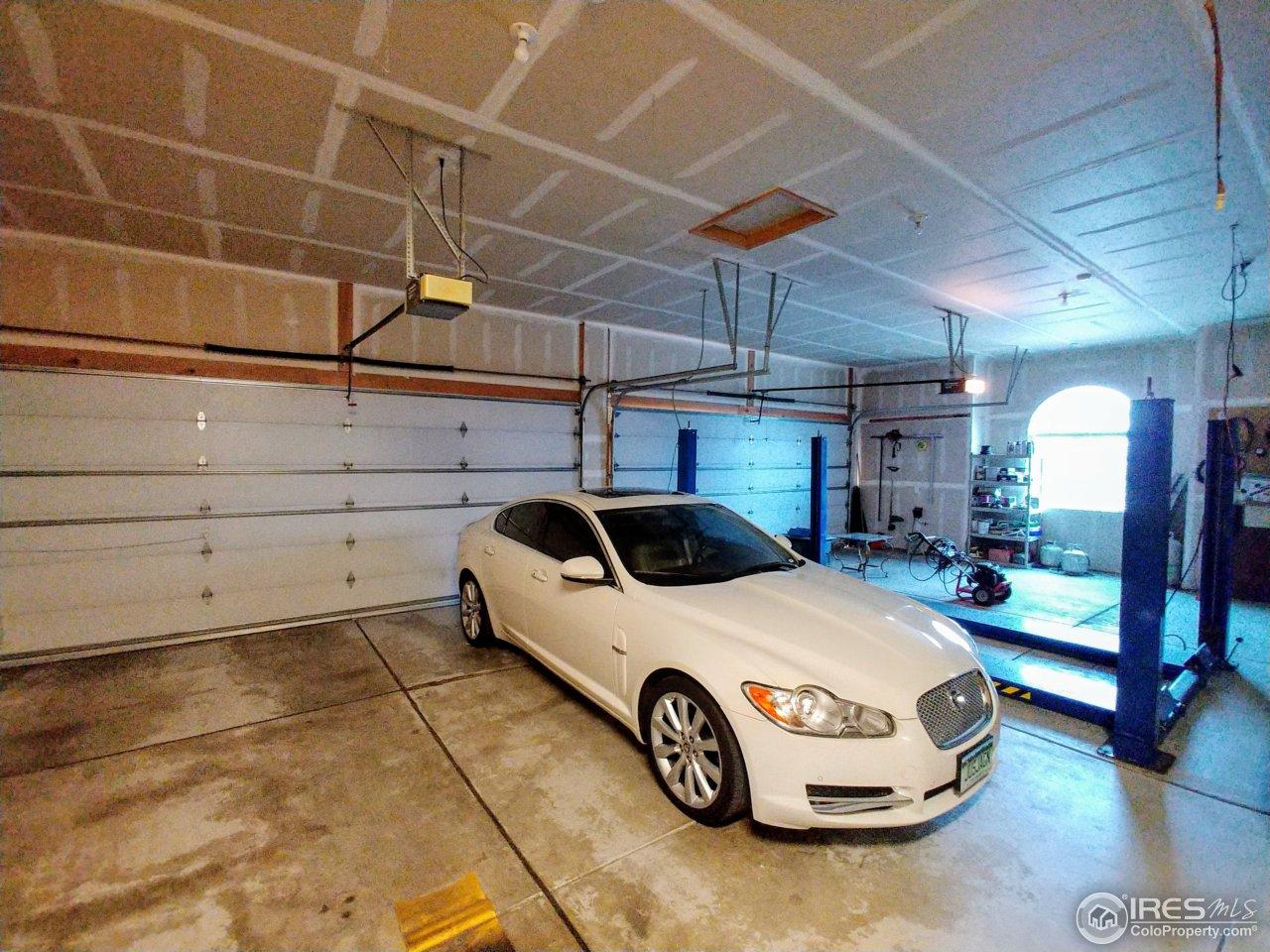 4 car heated garage