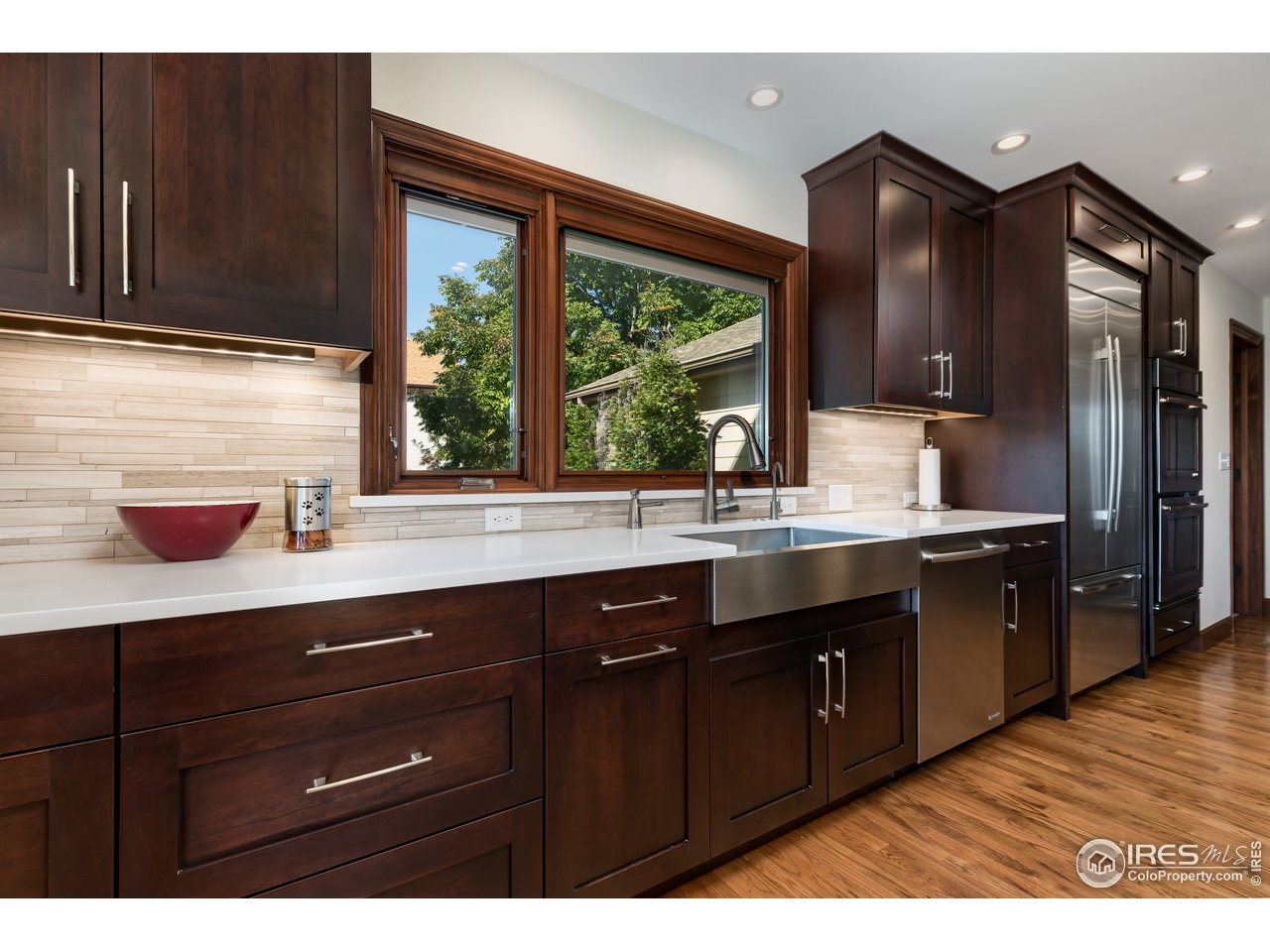 Butler Pantry and Wine Cooler