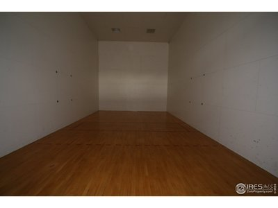 2 racquetball courts