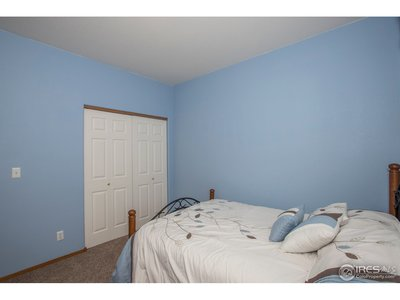 A great guest room or could be an office/study