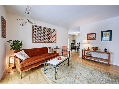 Beautiful wide plank oak wood floors