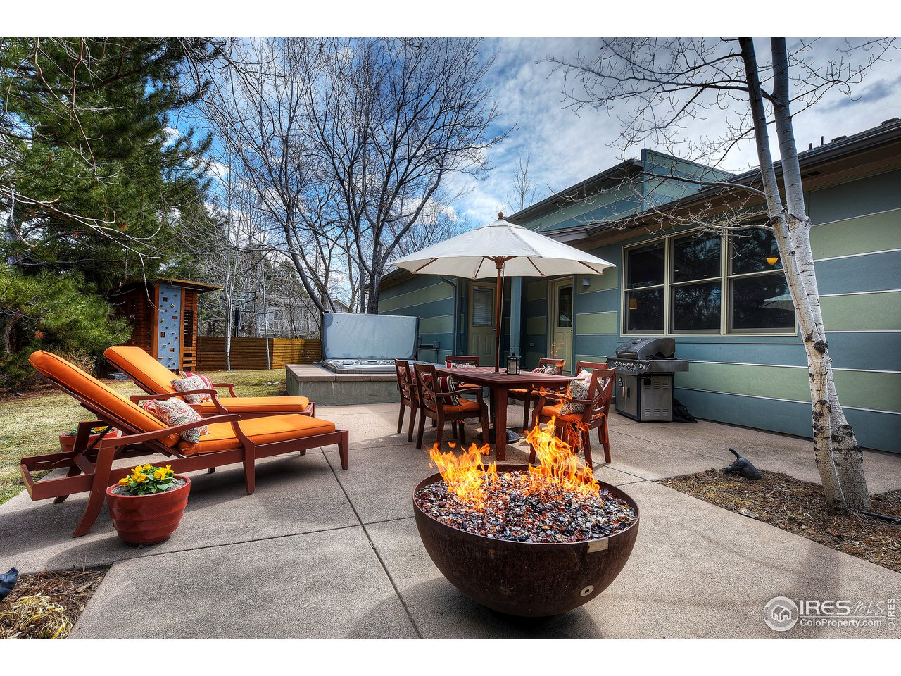 Elegant outdoor living area