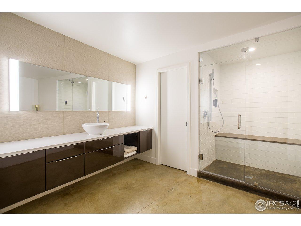 Lower Level Spa Bath