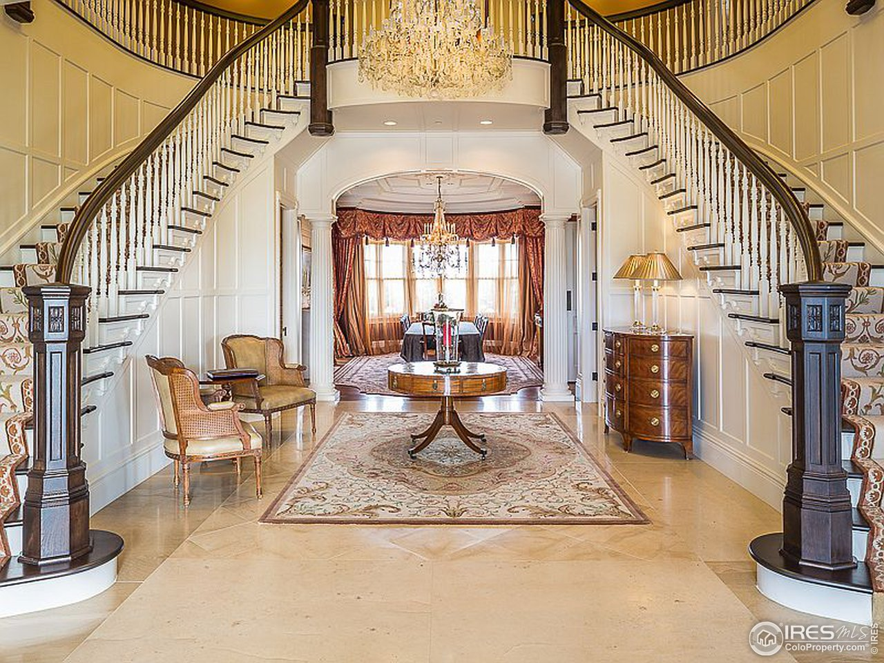 Luxury estate for entertaining and generational gatherings.