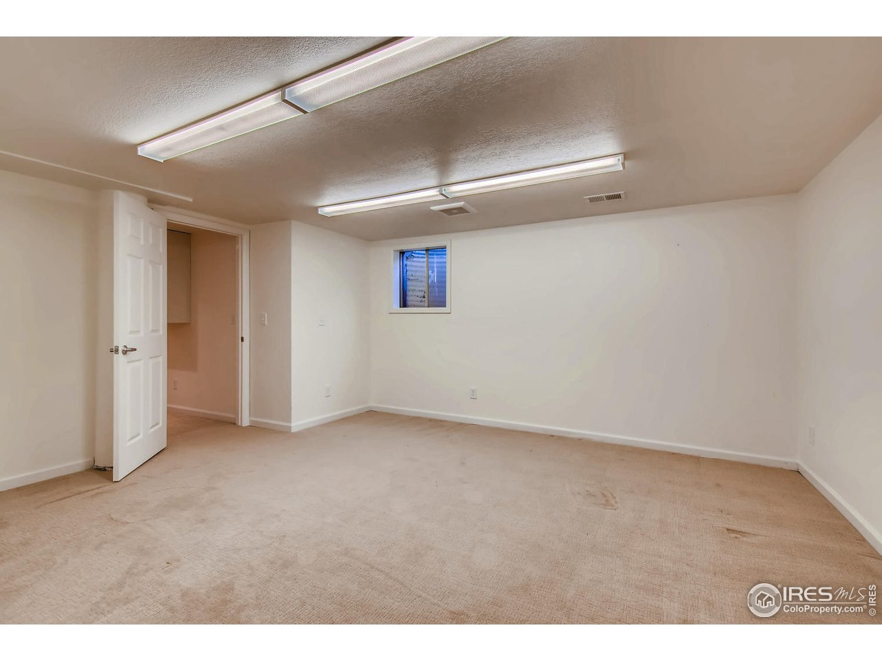 Lower Level Non-Conforming 3rd Bedroom